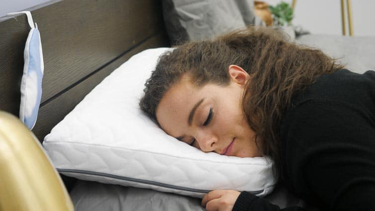 Sleeping on the Tempur-Cloud pillow
