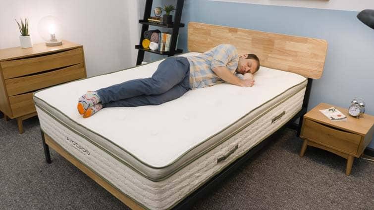 Side sleeping on Avocado mattress
