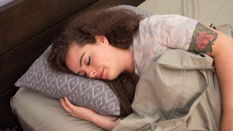 eli & elm shredded foam side sleeping