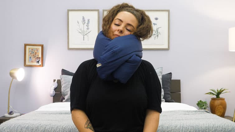 scarf infinity pillow