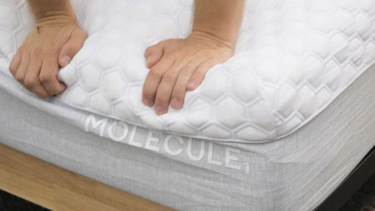 Molecule mattress hand press
