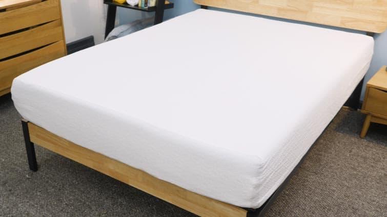 Zinus Memory Foam mattress cover