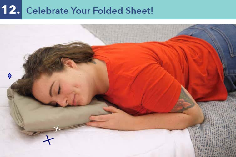 How to fold a fitted sheet-twelve