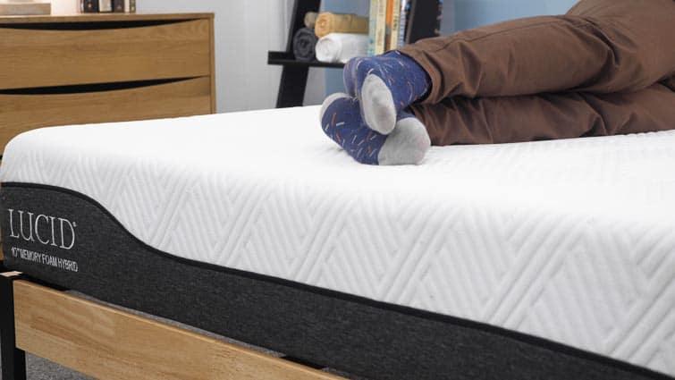 Side sleeping on the Lucid Hybrid mattress