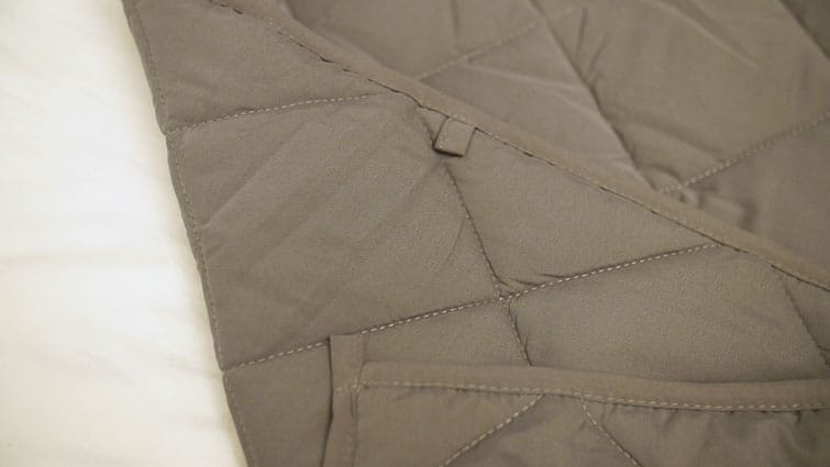 Bear Weighted Blanket Close