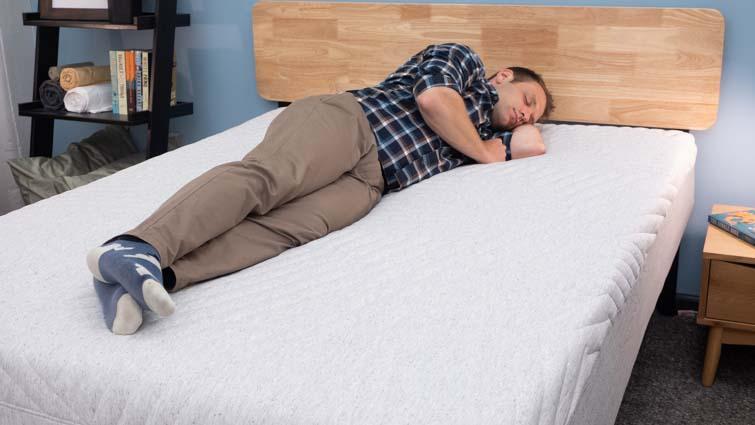 Casper Wave Hybrid Side Sleeping
