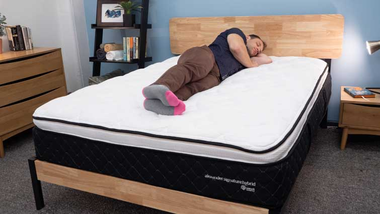 Nest Alexander Signature Hybrid Side Sleepers