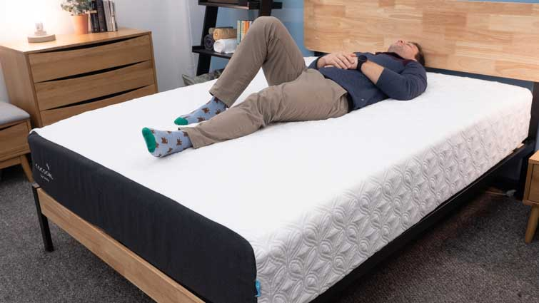 Cocoon Chill Hybrid for Back Sleepers