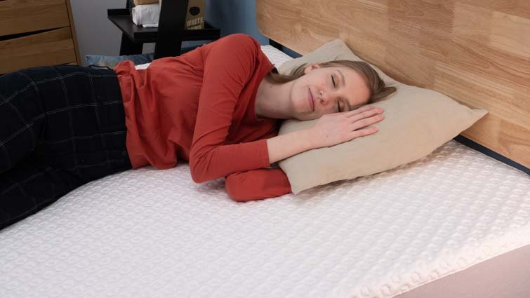 Side sleeping on the Luma
