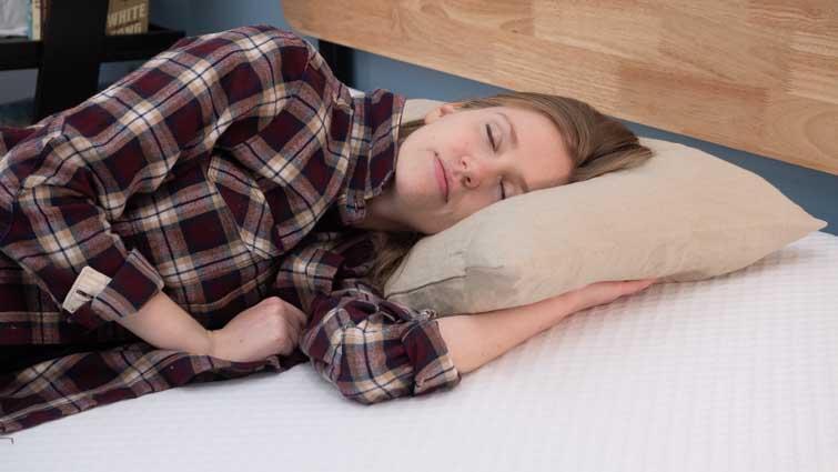 Side sleeping on Nolah