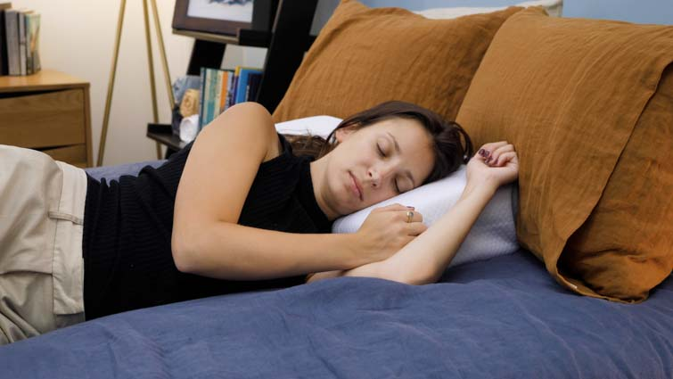 pillow-cube-pro-side-sleeping